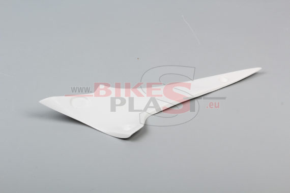 APRILIA RSV4 2015- 2. small wing for upper part RIGHT (1)